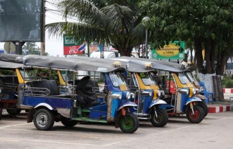 Hanh-Huong-Du-Lich-Campuchia-Thai-Lan-Lao-Sukha-Travel (4)