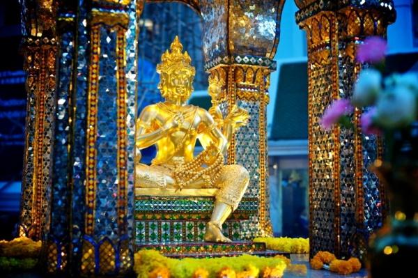Du-Lịch-Hành-Hương-Thái-Lan-Phật-Bốn-Mặt-Sukha-Travel