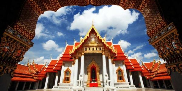 Du-Lịch-Hành-Hương-Thái-Lan-chùa-Wat-Benchamabophit-Dusitvanaram