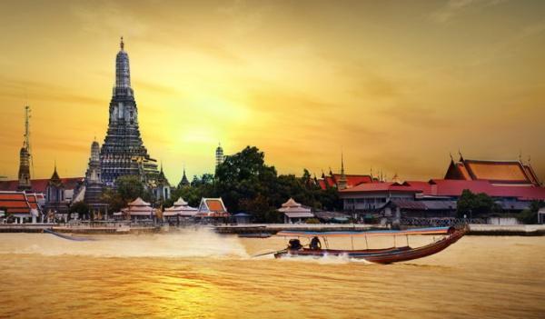 Du-Lịch-Hành-Hương-Thái-Lan-chùa-Arun