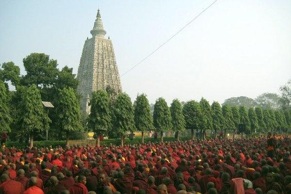 hành-hương-ấn-độ-nepal-sukha-travel