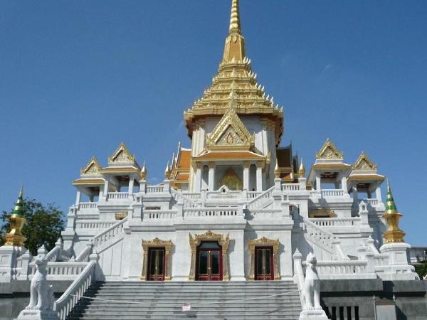 Du-Lịch-Hành-Hương-Thái-Lan-chùa-wat-traimit