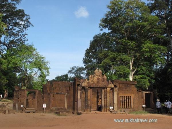 du lịch hành hương campuchia đền banteay kdei